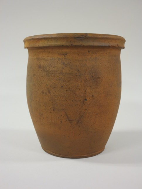 Crock attributed to Abraham Spencer, collection of the Museum of the Shenandoah Valley.